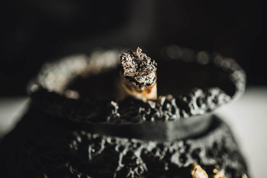 Ostavi izgorele cigarete